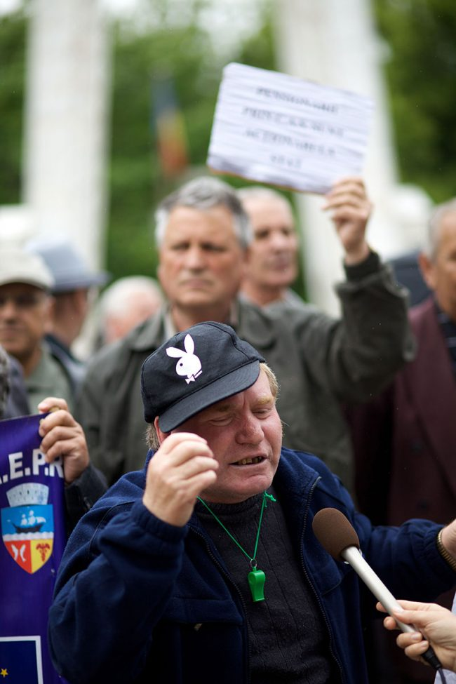 Pensioners are protesting agains government austerity measures in Galați, Romania on May 20th, 2010.