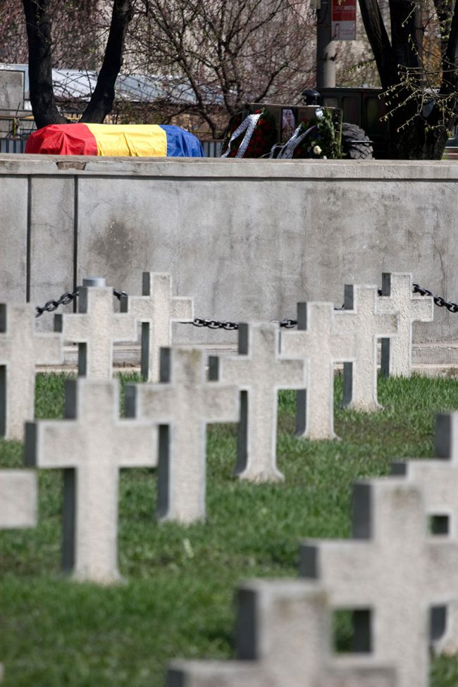 Romania's national flag is covering defunct soldier coffin, on its way to the burial site in Galați, Romania on March 25th, 2008.